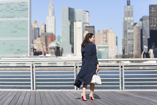 Worth-New-York-Business-Style-Office-Outfit-Workwear-Trench-Coat9