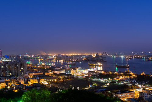 longexposure sea sky mountain skyline night landscape harbor cityscape nightscape taiwan olympus kaohsiung bluehour 高雄 夜景 magichour em1 忠烈祠 高雄港 shoushan 壽山 martyrs'shrine voigtlandernokton25mmf095