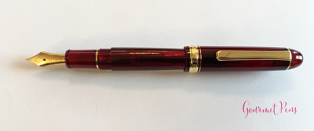 Review Platinum #3776 Century Bourgogne Fountain Pen - Soft-Fine @PenChalet @CarolLuxury (9)