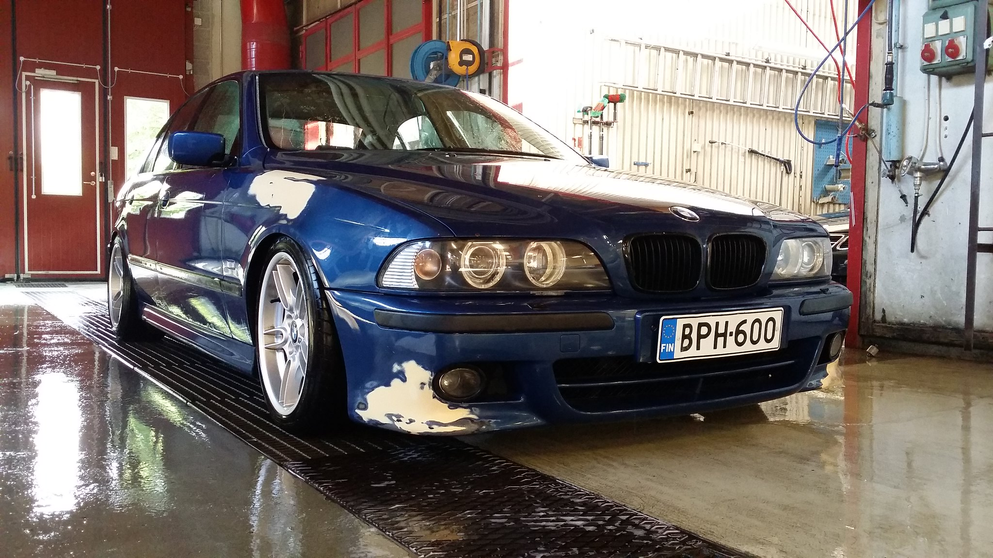 t0mpp4: BMW e39 24256694869_48bfd8de83_k