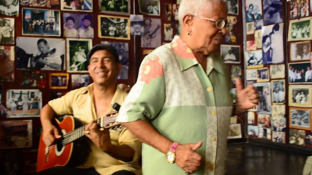 Chely Romero & Nando at Casa de La Trova