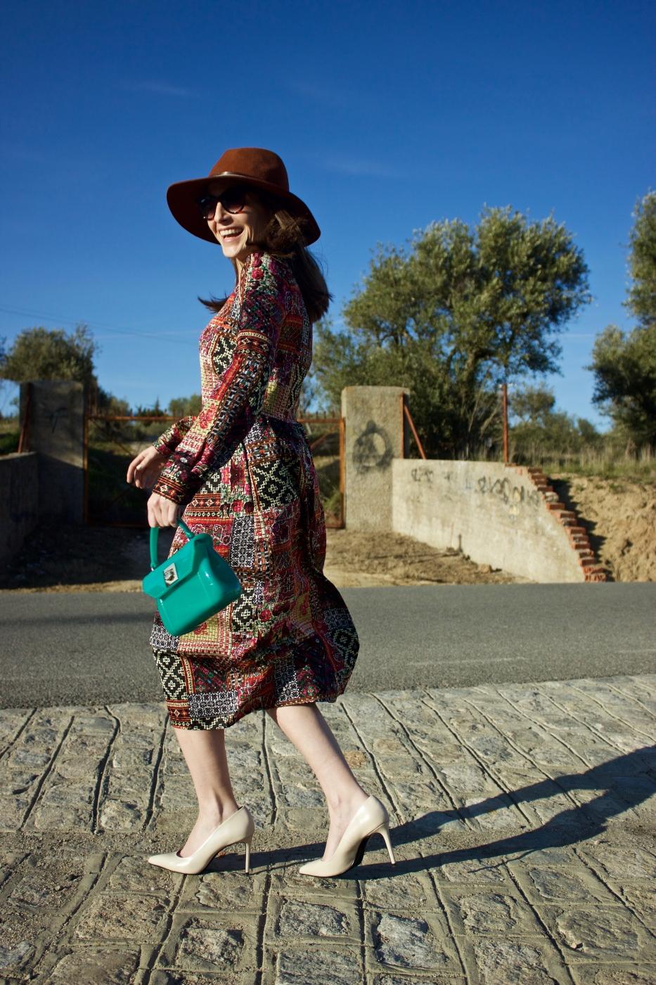 lara-vazquez-madlula-style-fashion-blog-winter-dress