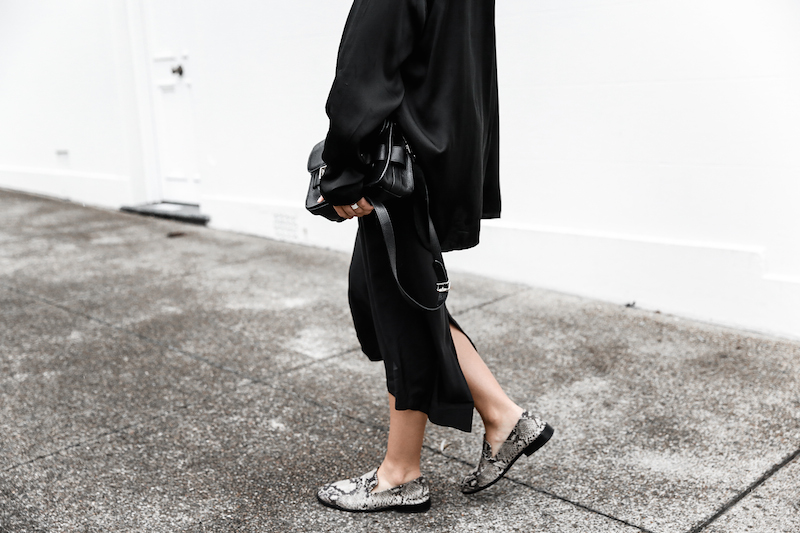 all black outfit inspo street style silk Proenza Schouler Mini fashion blogger Haider Ackermann modern legacy Instagram (6 of 7)