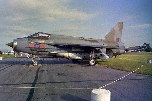XR773 Lightning F.6