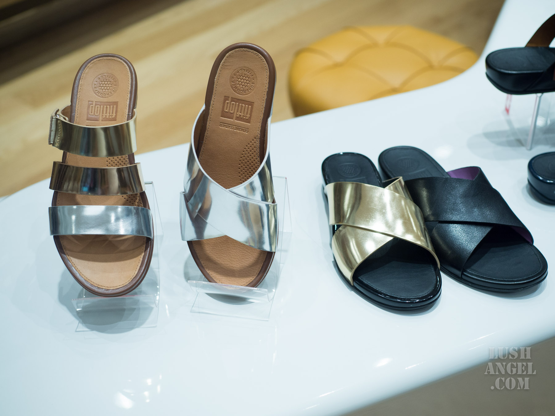 fitflop-metallic-sandals