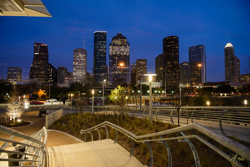 sunset skyline fence twilight downtown texas unitedstates houston locks buffalobayoupark buffalobayou i45 eleanortinselypark