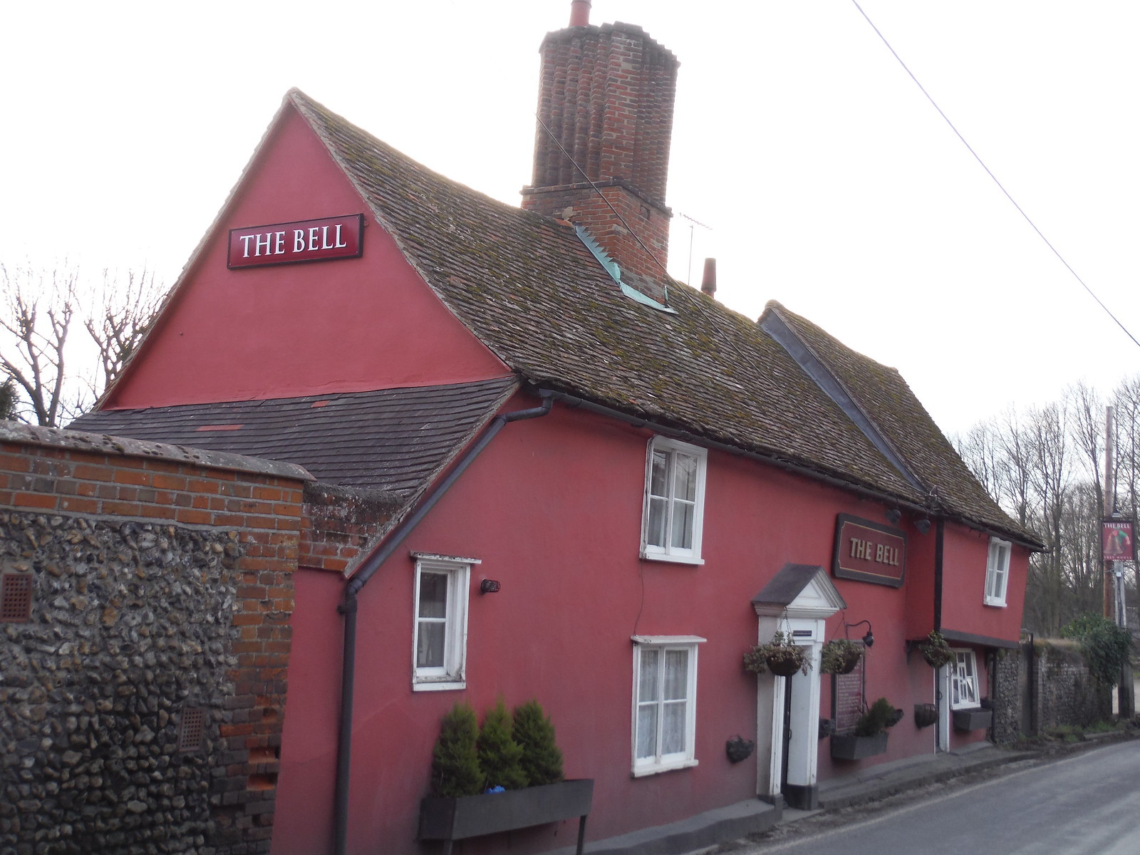 The Bell Inn, Wendens Ambo SWC Walk 116 Wendens Ambo [Audley End station] Circular