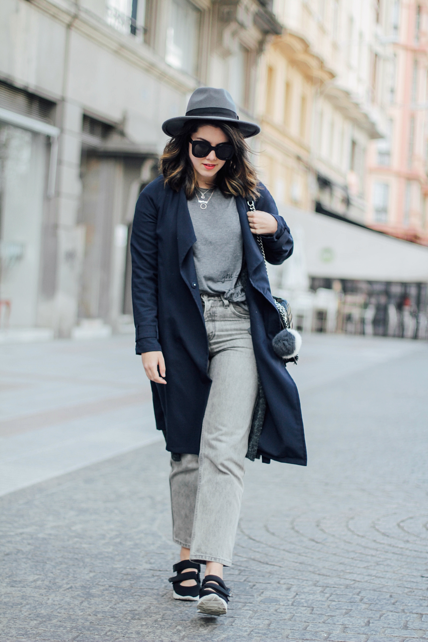 flatform velcro sneakers uterque balmain inspiration long trench myblueberrynightsblog streetstyle