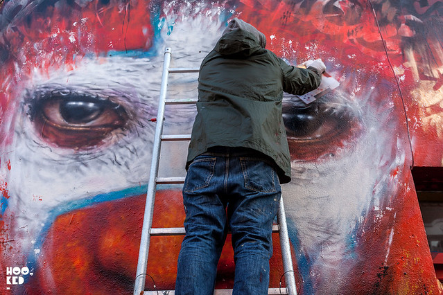 Street Artist Dale Grimshaw mural on Hanbury Street, London. Photo ©Mark Rigney / Hookedblog