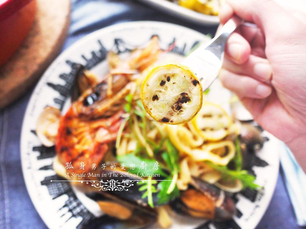 孤身廚房-寶迪鍋一鍋到底茄汁綜合貝類義大利麵佐烤天使紅蝦與櫛瓜39