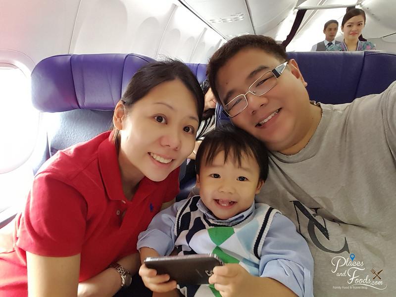 taipei malaysia airlines family selfie
