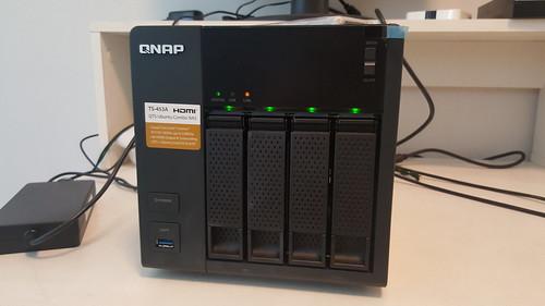 QNAP TS-453A ด้านหน้า