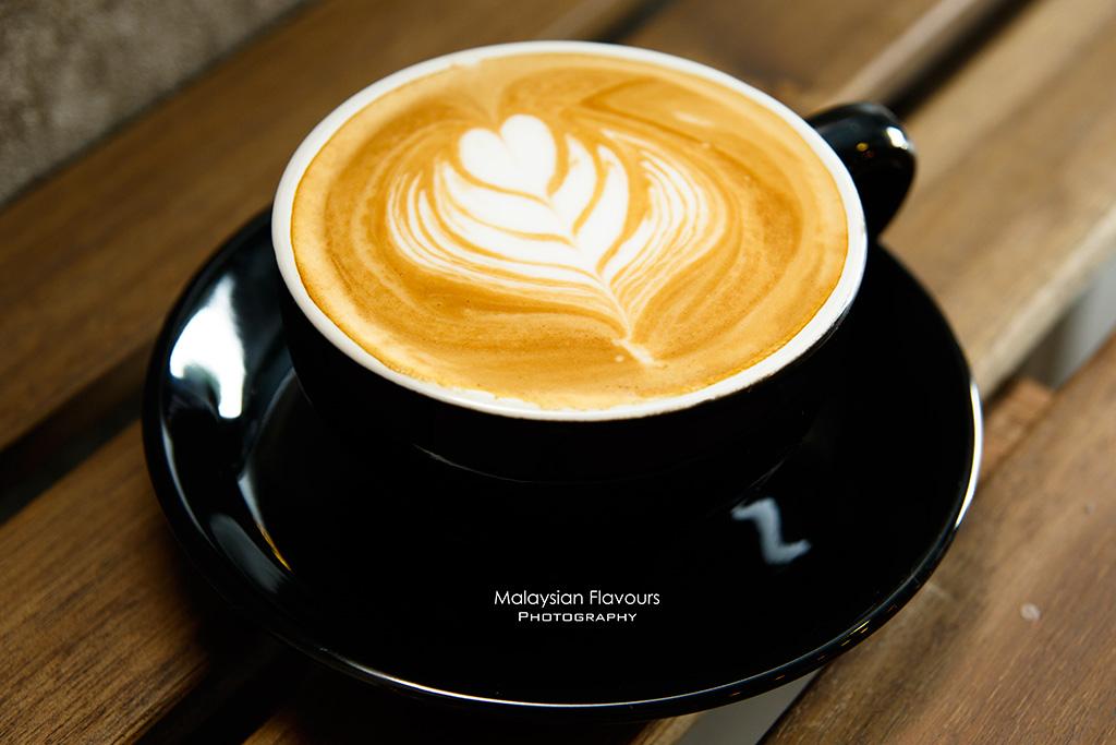 Heartbeans Coffee Cafe Pandan Indah KL flat white