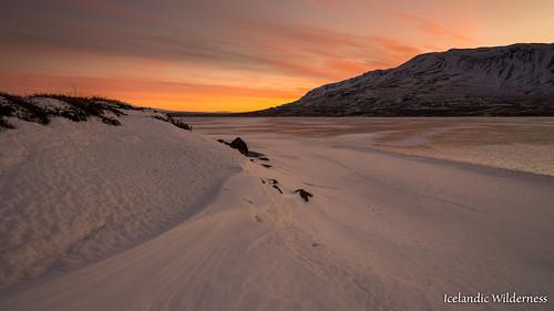 sunset sky mountain snow water berg landscape frozen is iceland northwest fjell blönduós svínavatn norðurlandvestra