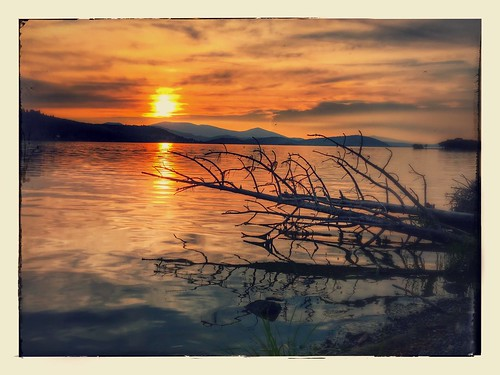 sunset lake water composition horizon orangesky klamath