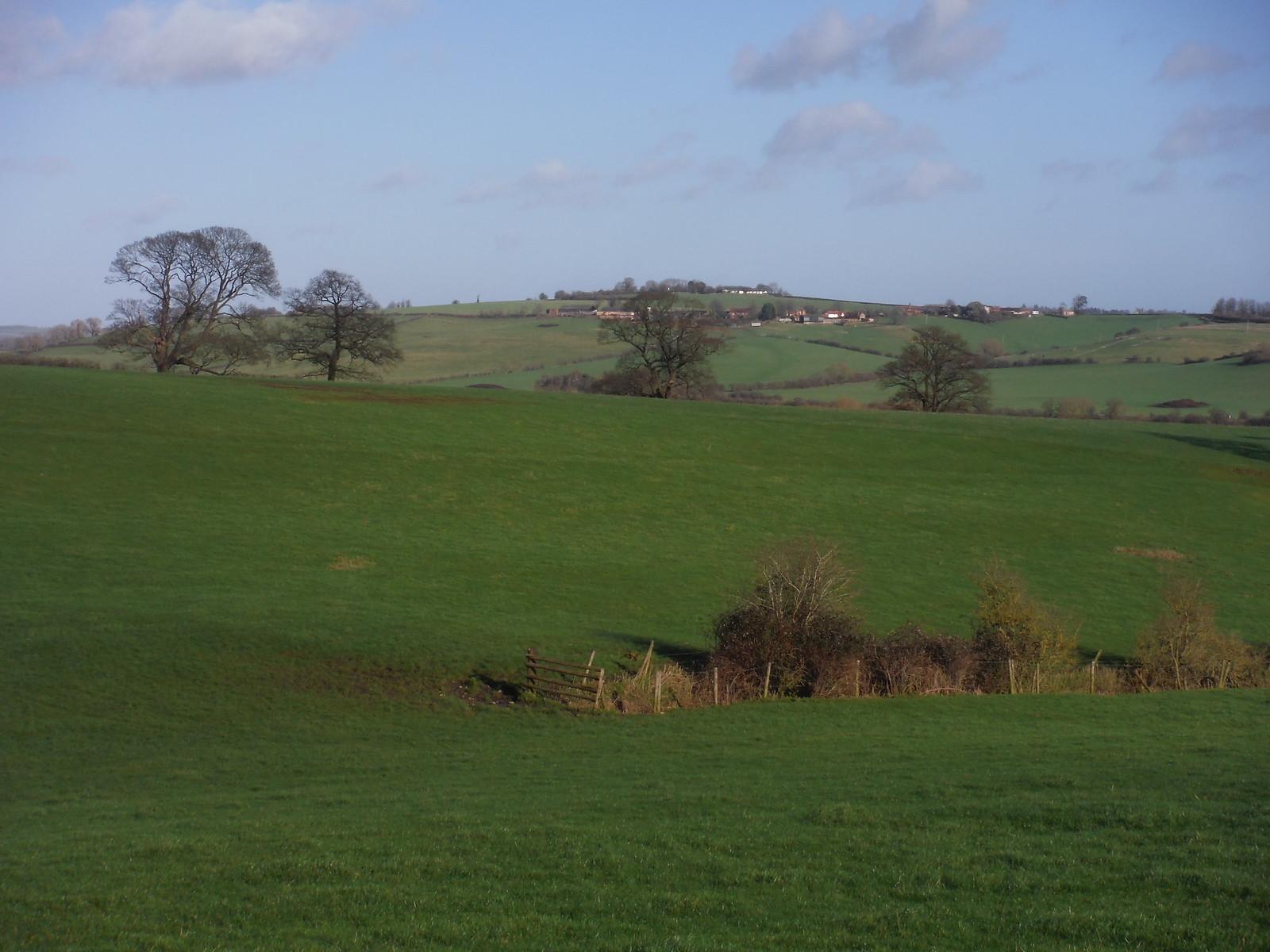 Lower & Upper Pollicott and Ashendon from fields near Chilton House SWC Walk 191a Haddenham Circular (w/o Brill)