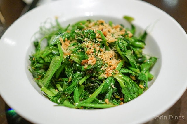 x.o. pea tendrils, lemon juice, almonds, dried scallop shards