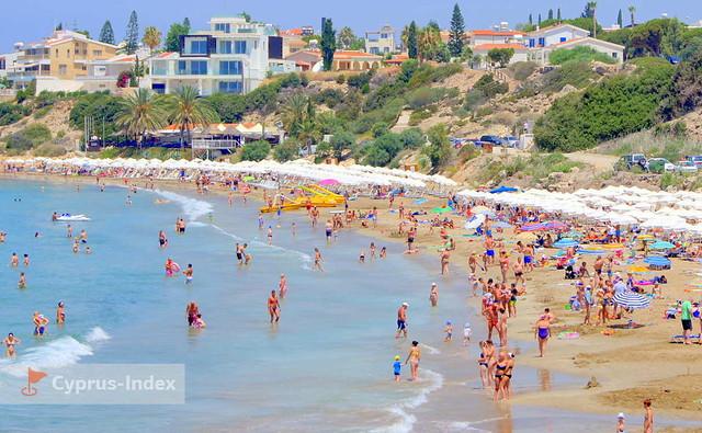 Пляж Корал Бэй. Пляжи Кипра а городе Пафос