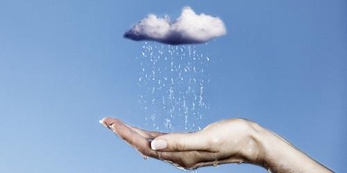 पानी की हर बूँद कीमती है, इसे बचाएं