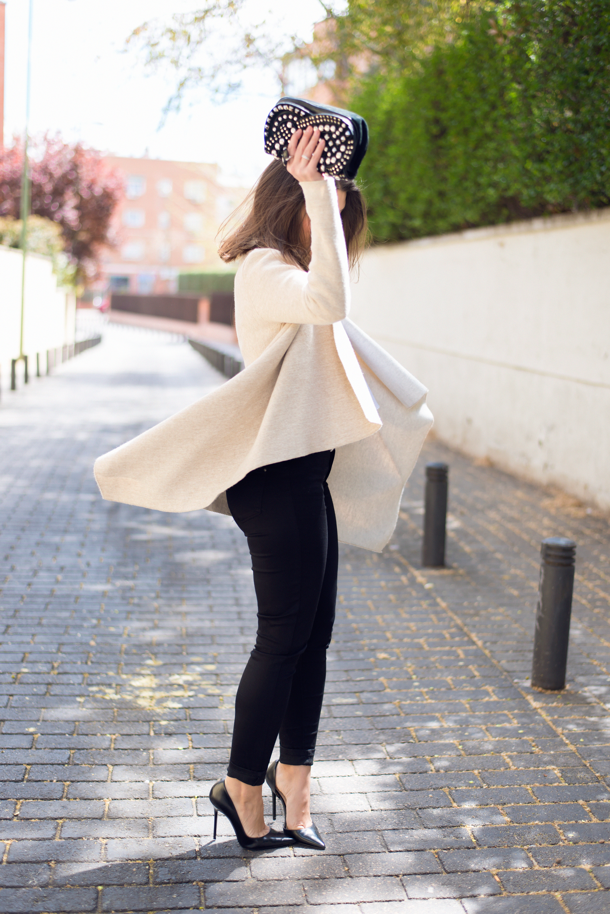 look chic