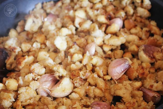 Migas caseras de pan www.cocinandoentreolivos.com (14)