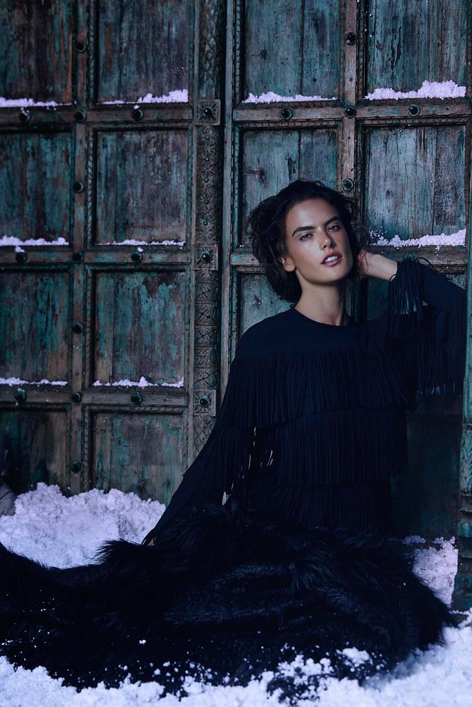 Алессандра Амбросио — Фотосессия для «Harper's Bazaar» KZ 2015 – 8