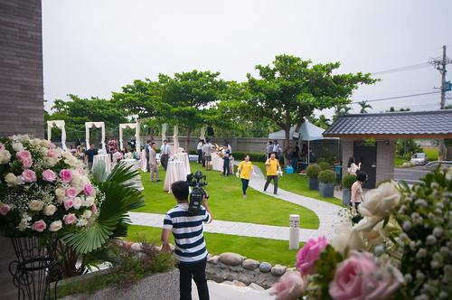推薦!高雄kiss九九麗緻婚紗打造夢幻唯美戶外婚禮 (17)