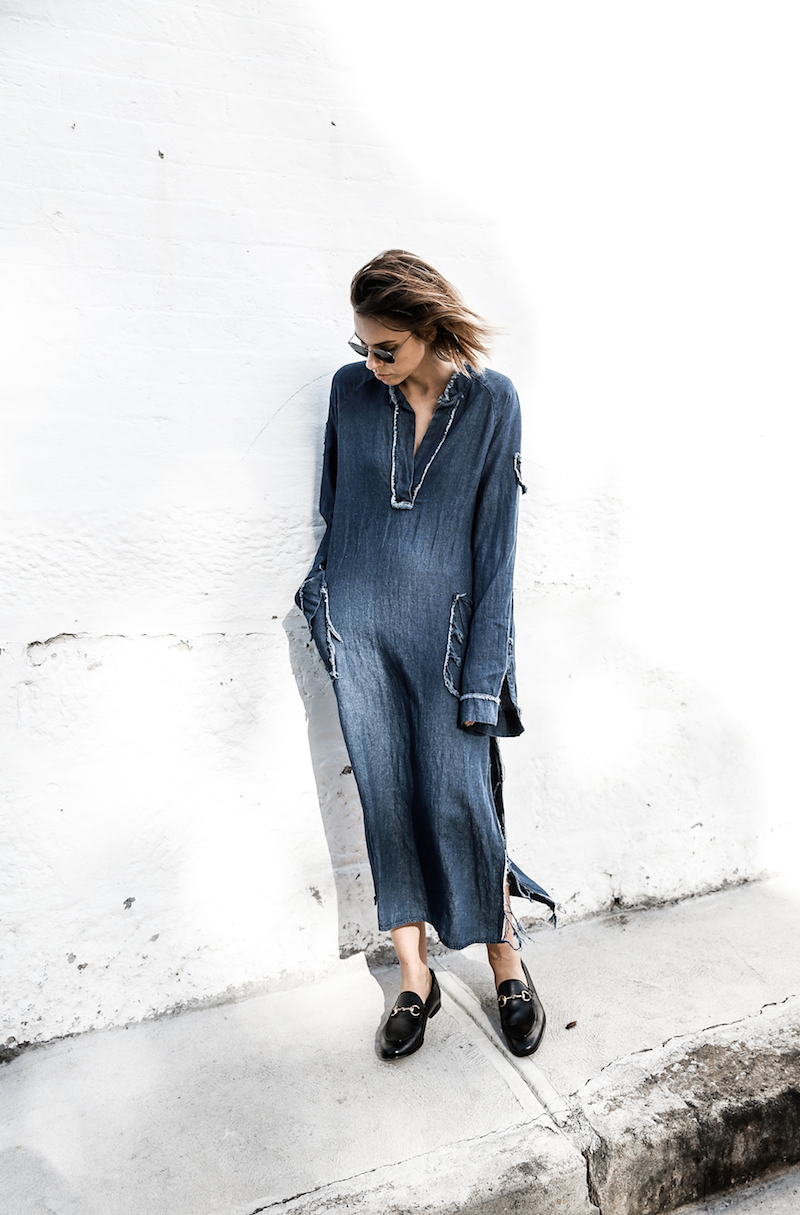 denim dress styling ideas gucci horsebit loafers fashion blogger modern legacy ootd (10 of 10)