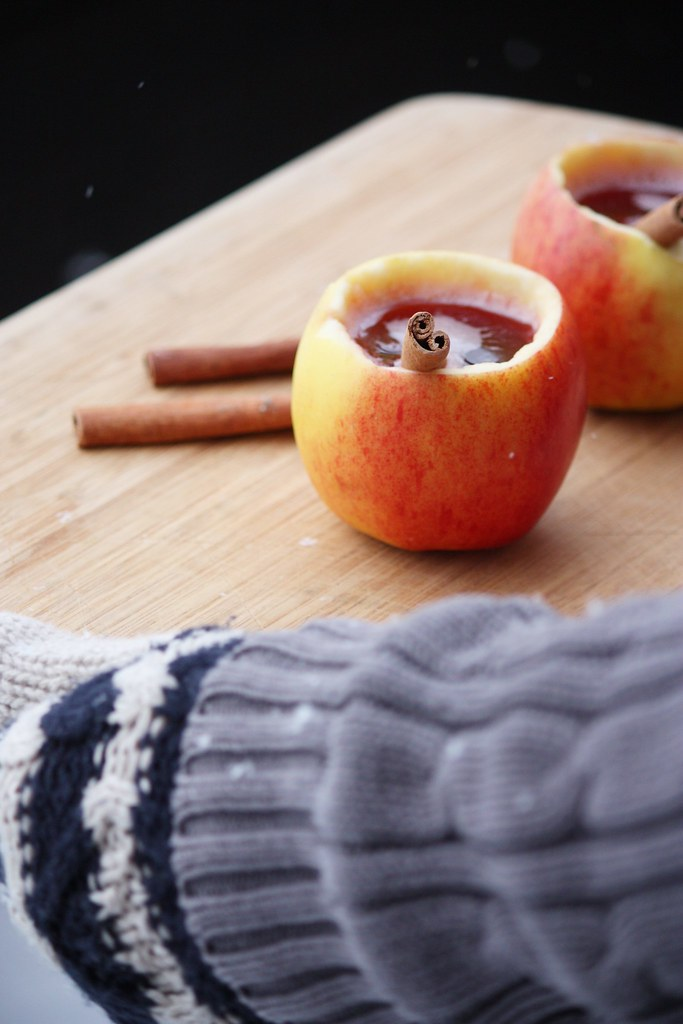 Omenasta tehty muki Kaikki Paketissa