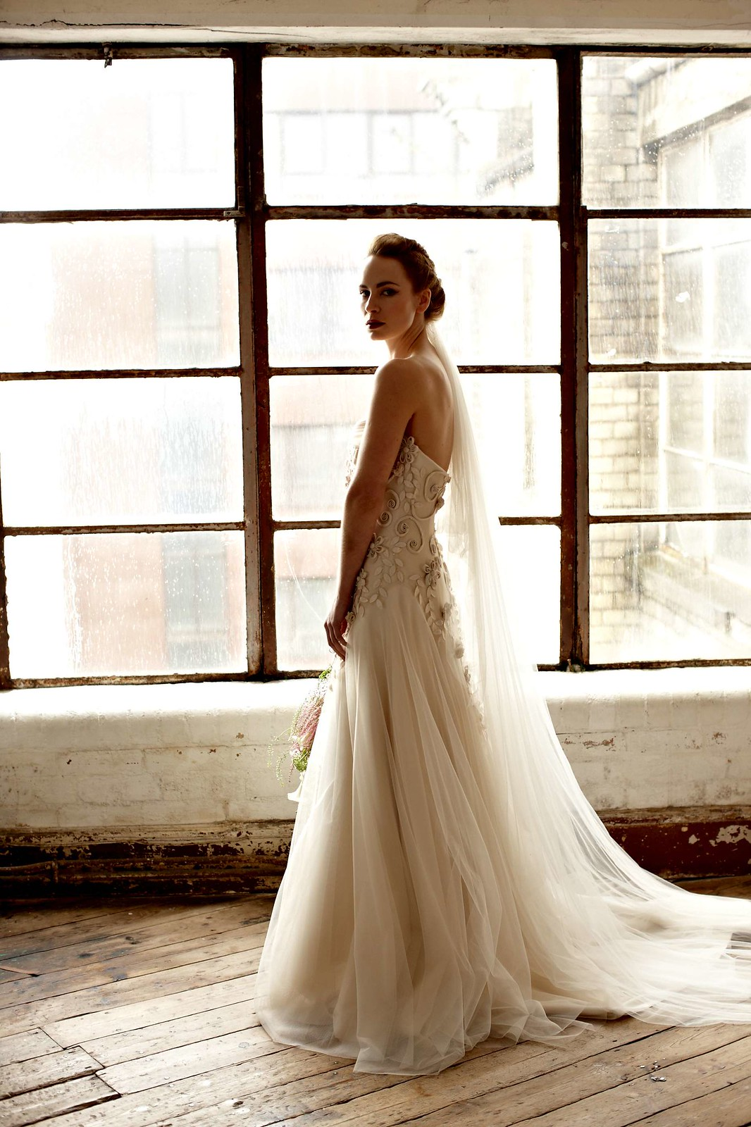 champagne gown by Suzanne Neville, creating a different but dramatic look | itakeyou.co.uk
