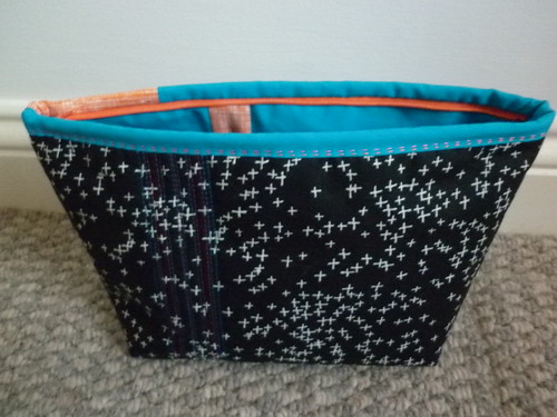 Black/turquoise pouch - the other side