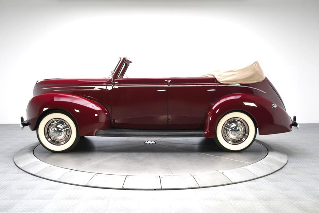 39017_G Ford Deluxe 221CI Flathead V8 3SPD Convertible Sedan_Burgundy