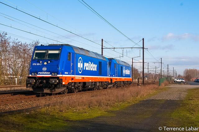La BR 76109 accompagnée de la BR 76110 de chez raildox (Allemagne) en essais sur le réseau belge ce 24 février 2016 en passage à Eppegem.