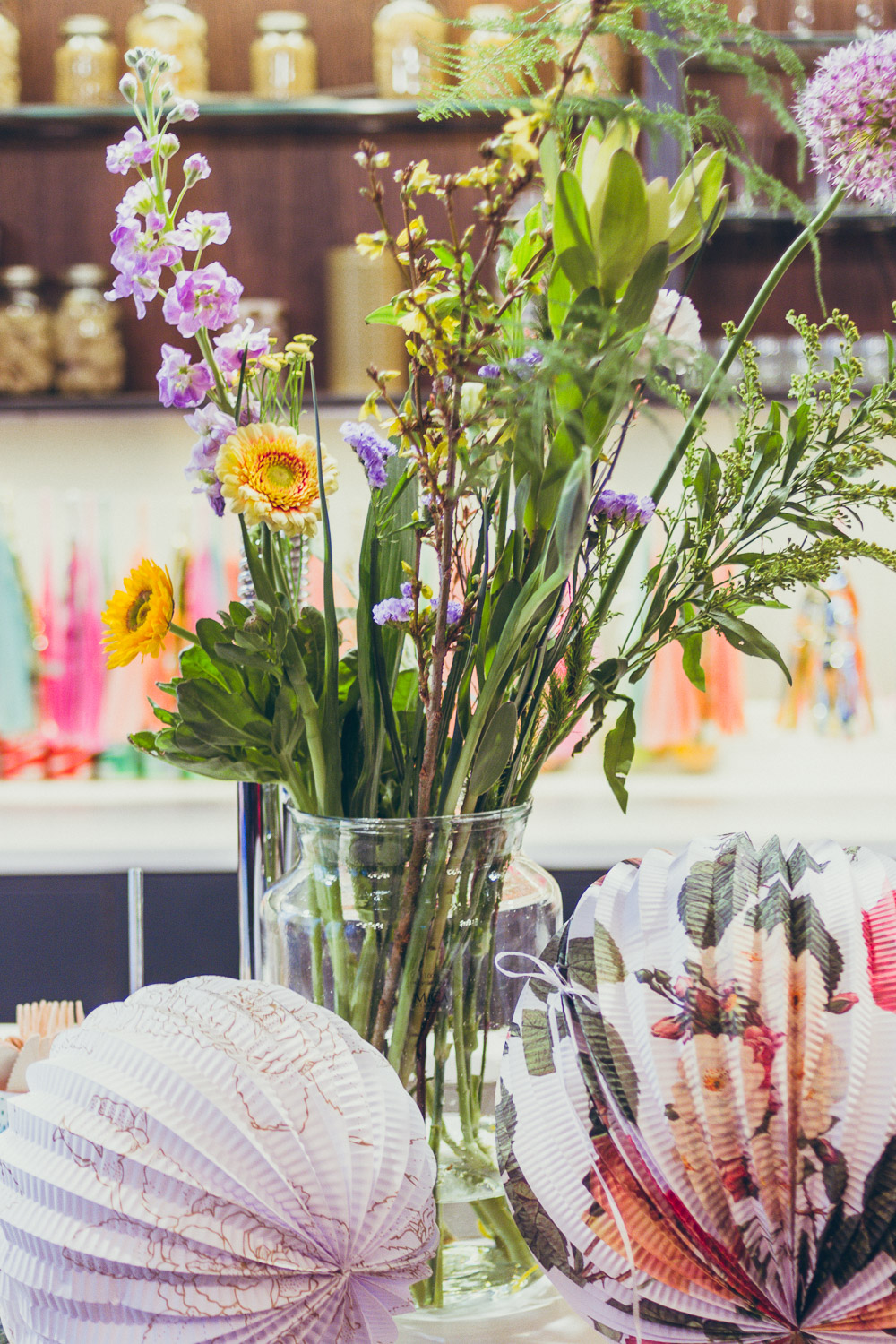 #TheBloggersMarket bloomon flowers and talking tables decorations