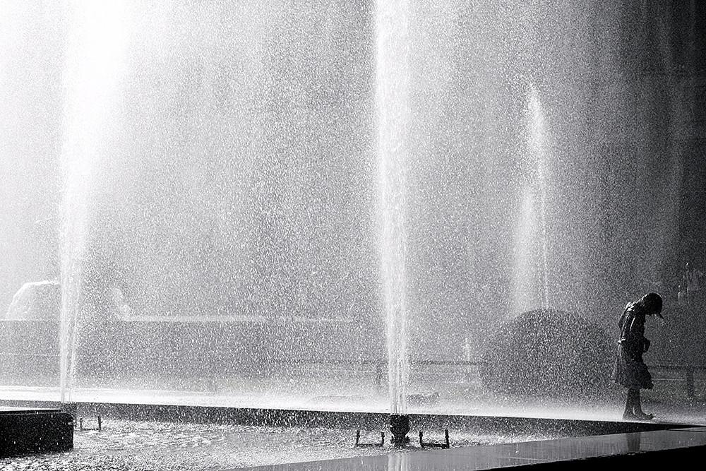 Dans l'eau de la claire fontaine