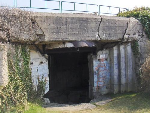 Casemates - Batteries du mont Canisy (Calvados)