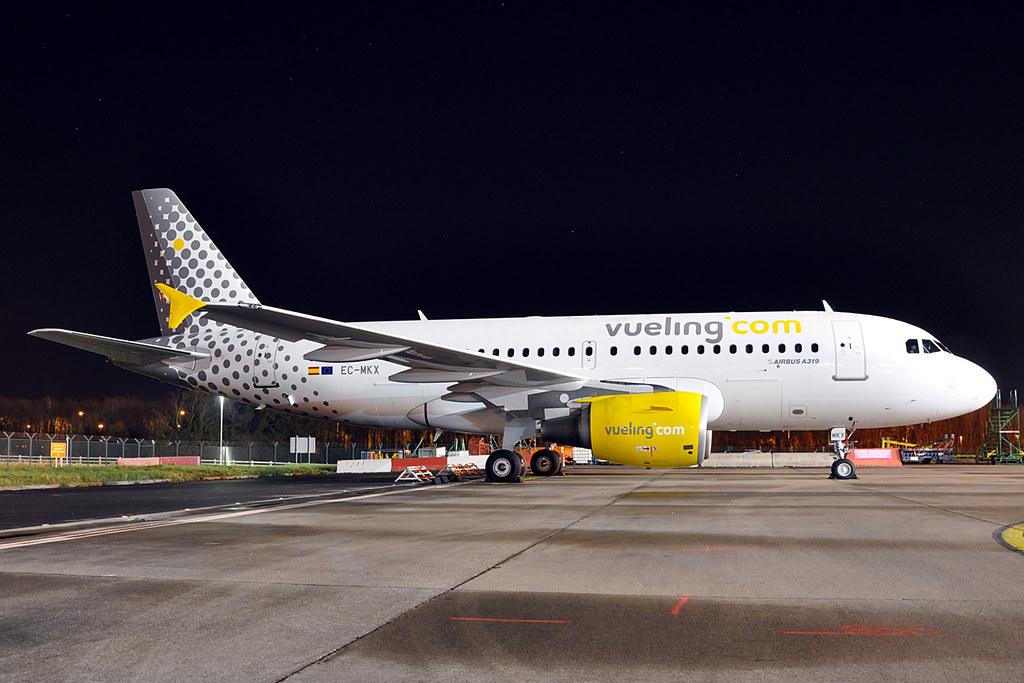 EC-MKX - A319 - Vueling