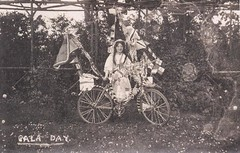 Gala Day Celebrations at Owthorne c.1909 (archive ref DDX1442-4)