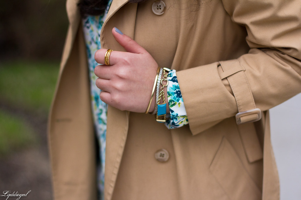 floral blouse, navy pants, trench coat-4.jpg