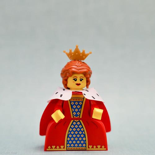 Queen (Front)