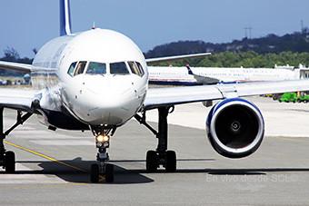 Delta Air Lines B757-200 front (A.Ruiz)