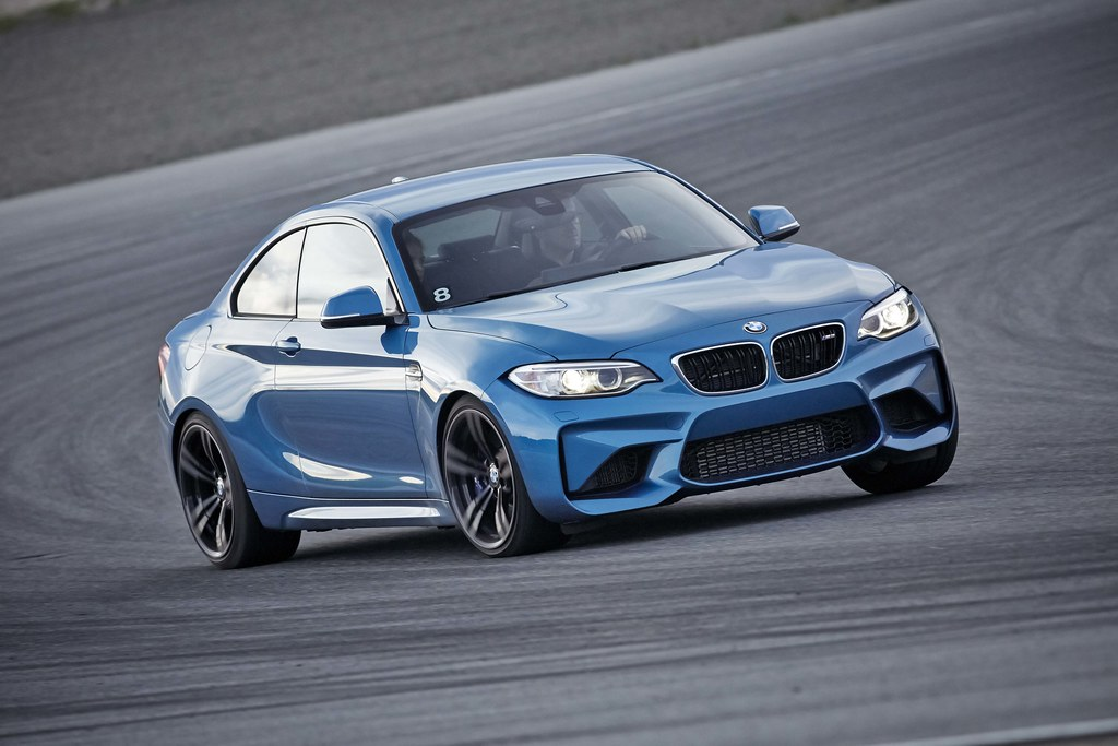 2016 BMW M2 Coupe: Impactful