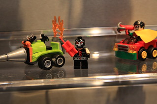 LEGO Mighty Micros 76062 Robin vs. Bane 3
