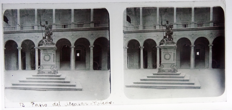 Patio del Alcázar. Fotografía de Francisco Rodríguez Avial hacia 1910 © Herederos de Francisco Rodríguez Avial