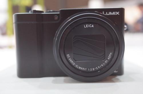 Panasonic LUMIX DMC-TX1 02