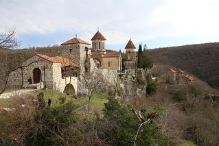 Motsameta, Monastery