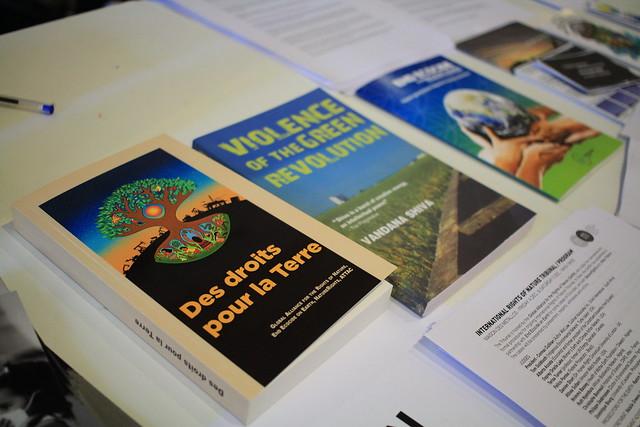 """Livre """"Des Droits pour la Terre"""""""