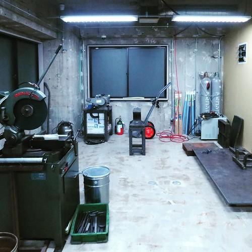 鉄工の部屋だよ。溶接できるよ! #makersbase