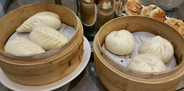 2016-Feb-7 Dinesty (Metrotown) - Steamed Chinese Toon Buns and Steamed Pork Buns