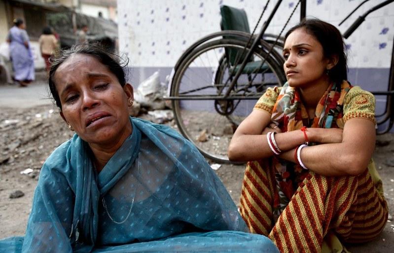 世界最大紅燈區—性暴力國度 孟買—傷痕累累的性工作者17